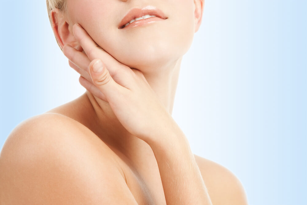 Bőrápolás szalicilsavat tartalmazó hámlasztóval