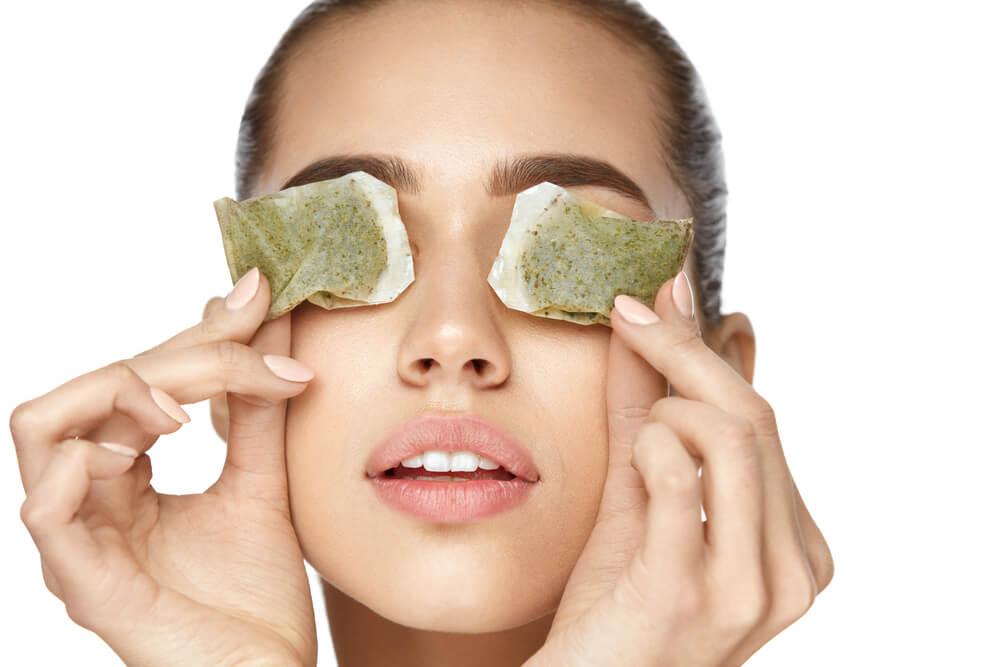 5+1 hasznos tipp a szem alatti duzzanat eltüntetésére
