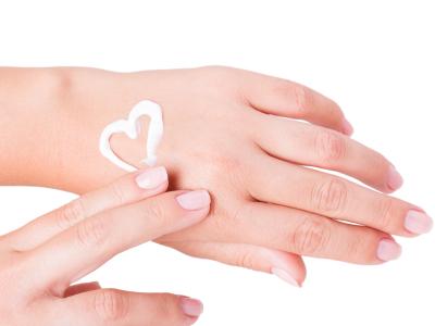 A fiatalos kezek titka - hasznos tippek kézápoláshoz
